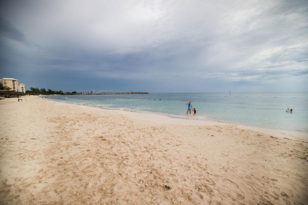 The Now Jade Rivera Cancun beach