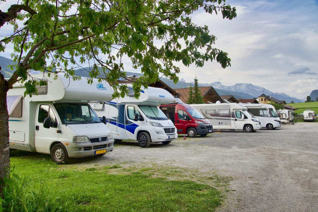 A lot of RVs and motorhomes | questions to ask before buying an rv for the first time